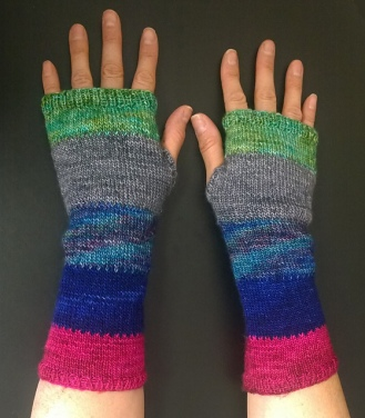 ColorblockMitts_medium2